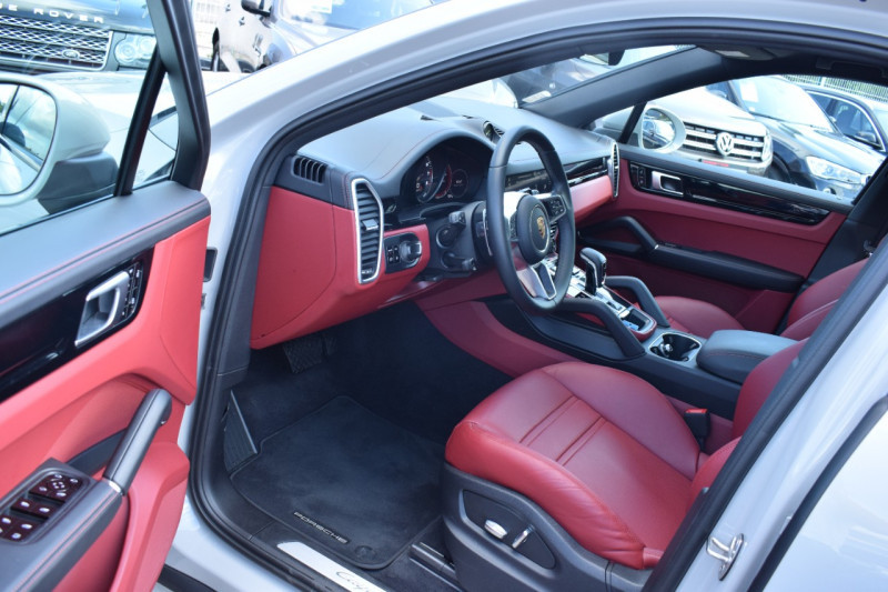 Photo 13 de l'offre de PORSCHE CAYENNE COUPE 3.0 V6 462CH E-HYBRID EURO6D-T-EVAP-ISC Origine France tva récupérable à 121900€ chez Univers Motors