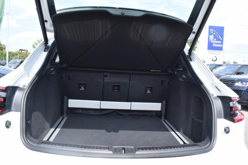 Photo 13 de l'offre de PORSCHE MACAN 3.6 V6 400CH TURBO PDK à 46900€ chez Univers Motors
