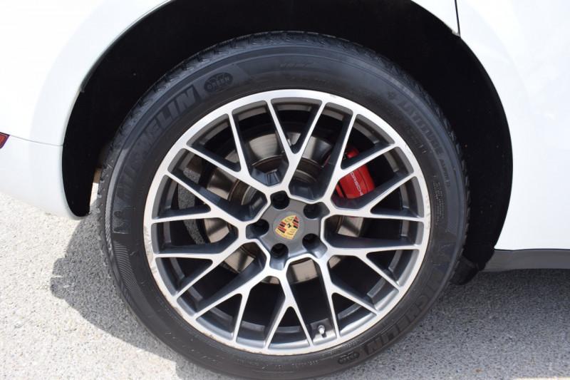 Photo 14 de l'offre de PORSCHE MACAN 3.6 V6 400CH TURBO PDK à 46900€ chez Univers Motors