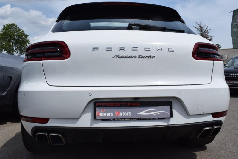 Photo 3 de l'offre de PORSCHE MACAN 3.6 V6 400CH TURBO PDK à 46900€ chez Univers Motors