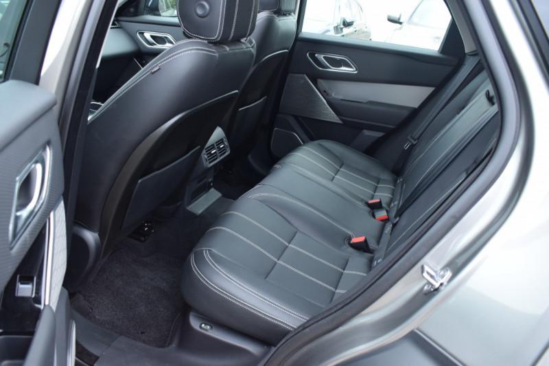Photo 21 de l'offre de LAND-ROVER RANGE ROVER VELAR 3.0D V6 300CH R-DYNAMIC SE AWD BVA à 51900€ chez Univers Motors
