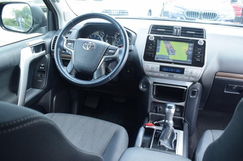 Photo 3 de l'offre de TOYOTA LAND CRUISER 177 D-4D LEGENDE BVA 3P RC18 tva récupérable à 44900€ chez Univers Motors