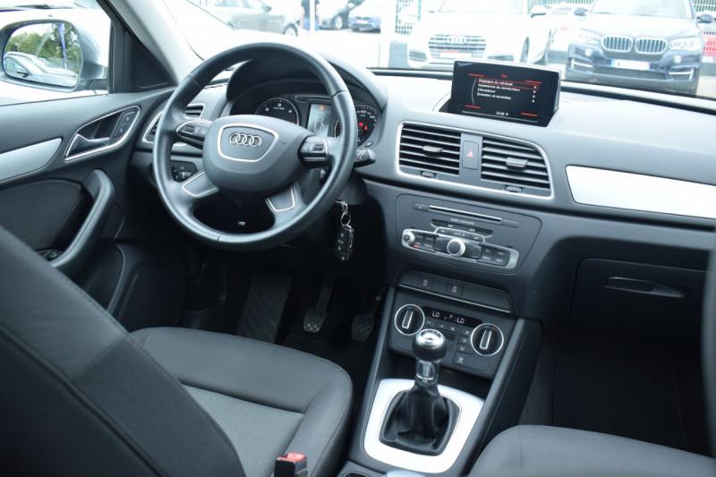 Photo 2 de l'offre de AUDI Q3 2.0 TDI 120CH BUSINESS LINE à 22400€ chez Univers Motors