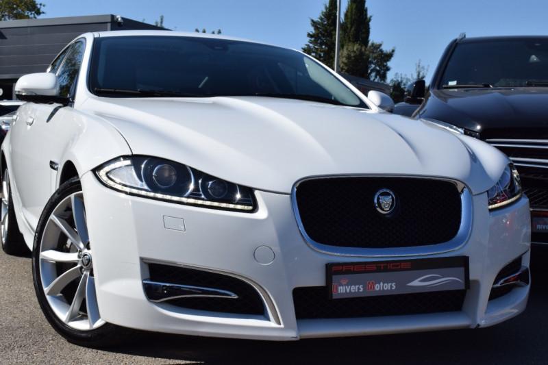 Jaguar XF V6 3.0 D S 275CH LUXE PREMIUM Diesel BLANC Occasion à vendre