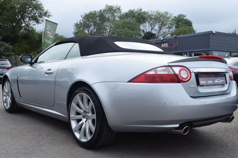 Photo 6 de l'offre de JAGUAR XK CABRIOLET 3.5 V8 258CH à 33900€ chez Univers Motors
