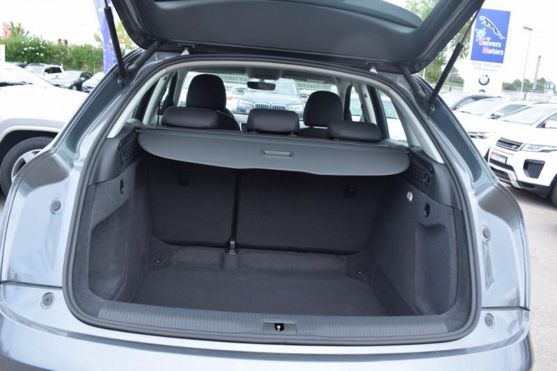 Photo 12 de l'offre de AUDI Q3 2.0 TDI 120CH BUSINESS LINE à 22400€ chez Univers Motors
