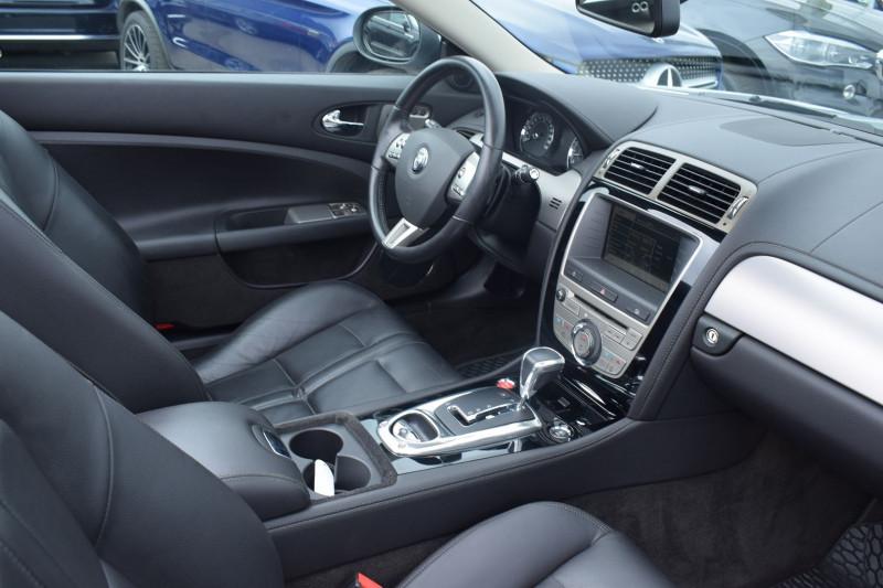 Photo 2 de l'offre de JAGUAR XK CABRIOLET 3.5 V8 258CH à 33900€ chez Univers Motors