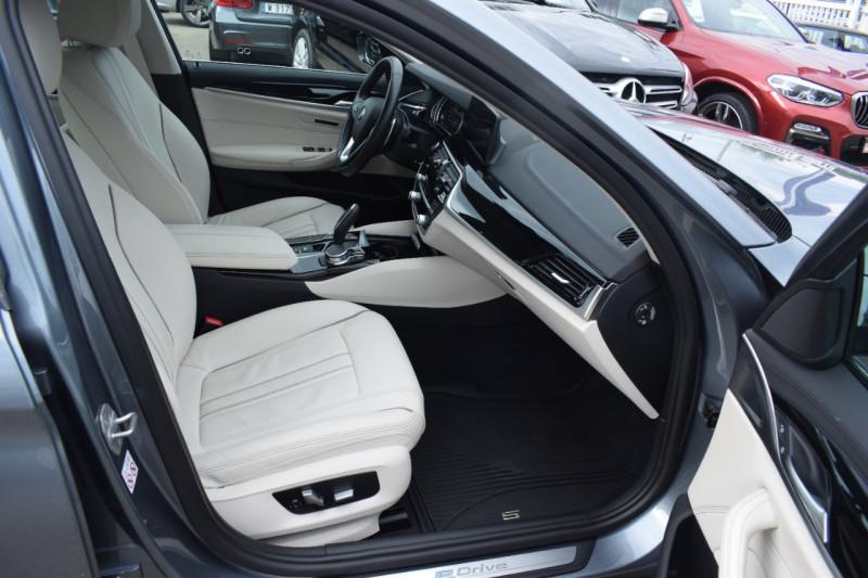 Photo 7 de l'offre de BMW SERIE 5 (G30) 530EA IPERFORMANCE 252CH LUXURY à 37900€ chez Univers Motors