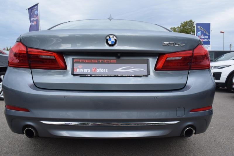 Photo 12 de l'offre de BMW SERIE 5 (G30) 530EA IPERFORMANCE 252CH LUXURY à 37900€ chez Univers Motors
