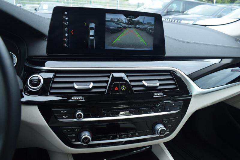 Photo 13 de l'offre de BMW SERIE 5 (G30) 530EA IPERFORMANCE 252CH LUXURY à 37900€ chez Univers Motors