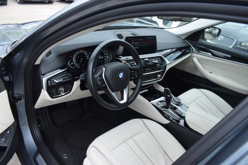 Photo 8 de l'offre de BMW SERIE 5 (G30) 530EA IPERFORMANCE 252CH LUXURY à 37900€ chez Univers Motors