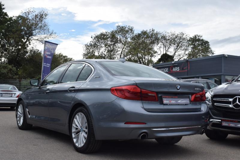 Photo 10 de l'offre de BMW SERIE 5 (G30) 530EA IPERFORMANCE 252CH LUXURY à 37900€ chez Univers Motors