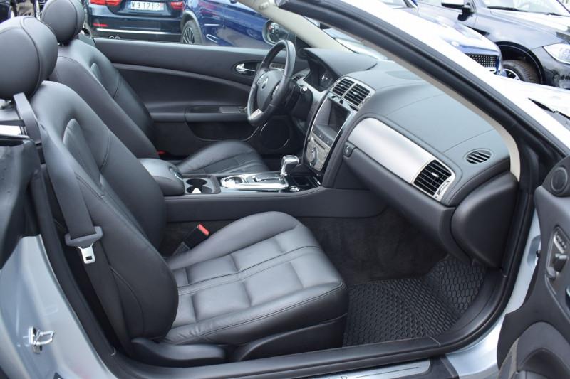 Photo 8 de l'offre de JAGUAR XK CABRIOLET 3.5 V8 258CH à 33900€ chez Univers Motors