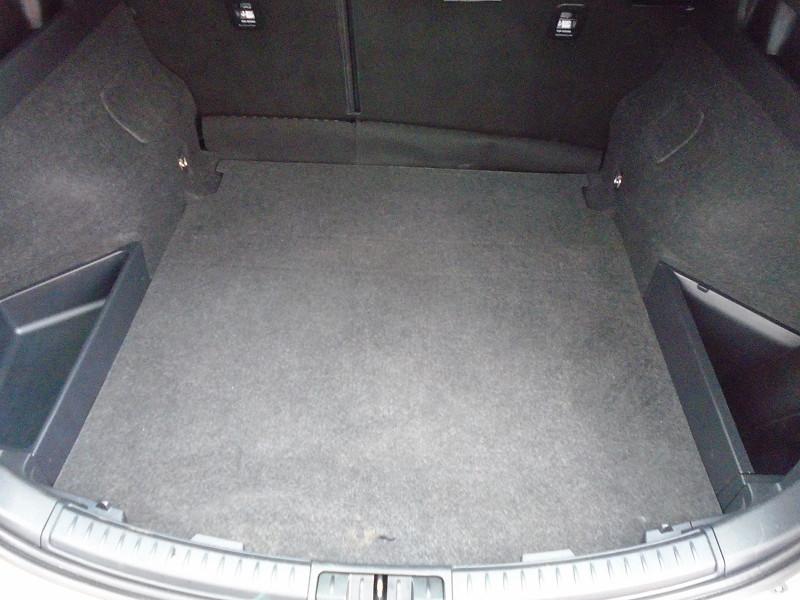Photo 10 de l'offre de TOYOTA AURIS TOURING SPORTS 112 D-4D DYNAMIC BUSINESS à 12995€ chez Remiremont automobiles