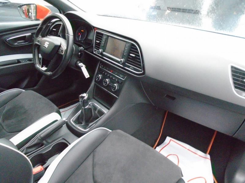 Photo 6 de l'offre de SEAT LEON ST 2.0 TSI 290CH CUPRA 290 START&STOP à 24995€ chez Remiremont automobiles