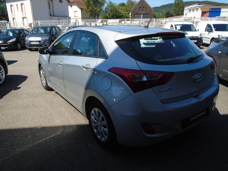 Photo 2 de l'offre de HYUNDAI I30 1.6 CRDI 110CH BLUE DRIVE INITIA 5P à 10495€ chez Remiremont automobiles