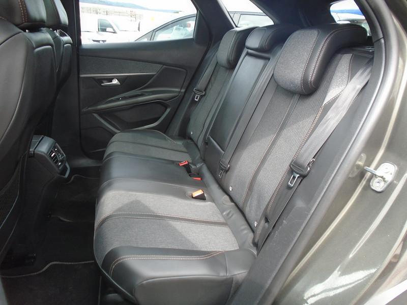 Photo 10 de l'offre de PEUGEOT 3008 2.0 BLUEHDI 150CH GT LINE S&S à 24995€ chez Remiremont automobiles
