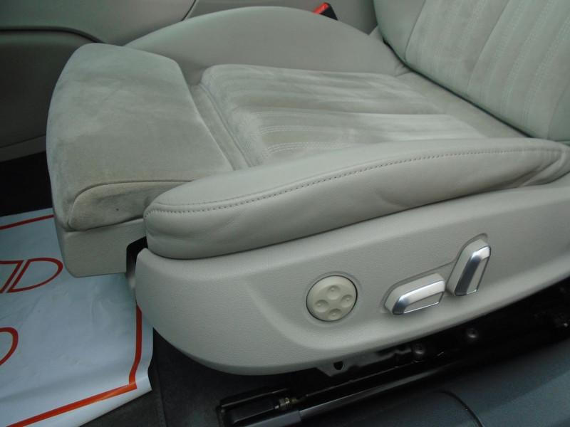 Photo 14 de l'offre de AUDI A6 AVANT 3.0 V6 TDI 218CH AVUS S TRONIC 7 à 27995€ chez Remiremont automobiles