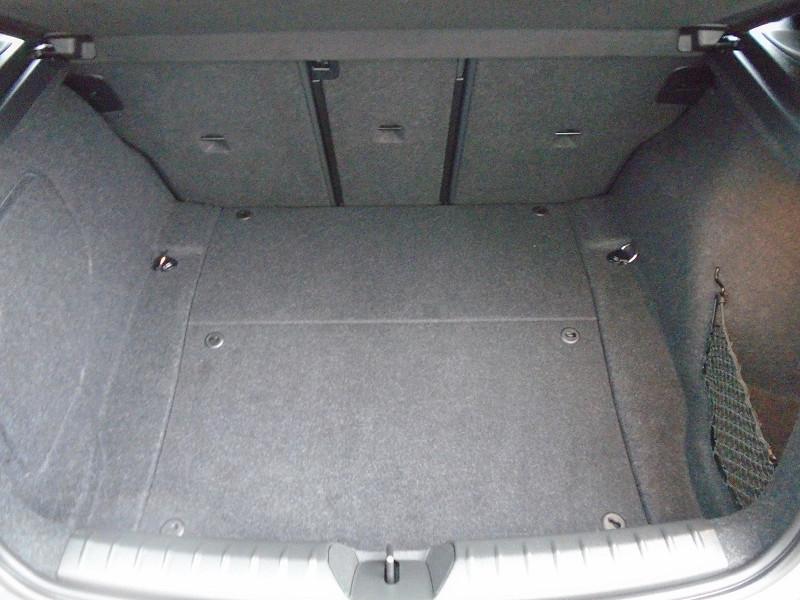 Photo 12 de l'offre de BMW SERIE 1 (F21/F20) 120DA 190CH SPORT 5P EURO6D-T à 26995€ chez Remiremont automobiles