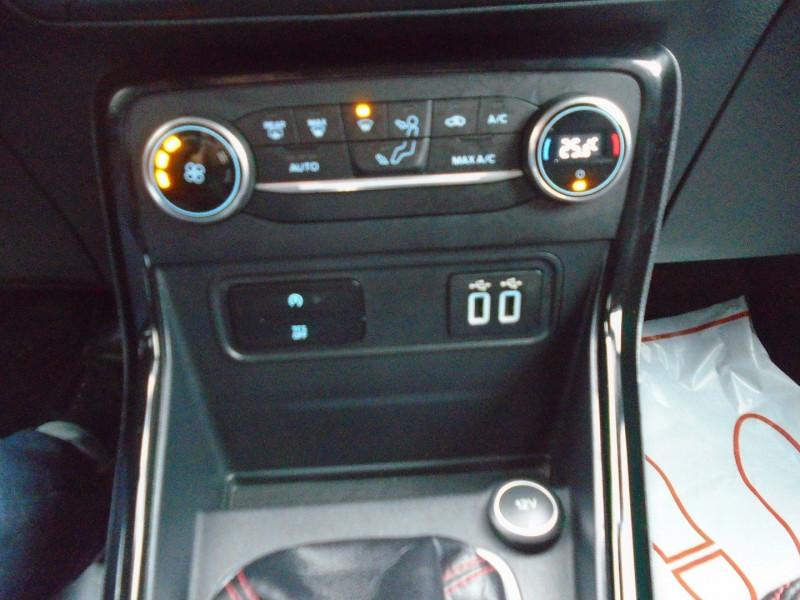 Photo 10 de l'offre de FORD ECOSPORT 1.0 ECOBOOST 125CH ST-LINE EURO6.2 à 13995€ chez Remiremont automobiles