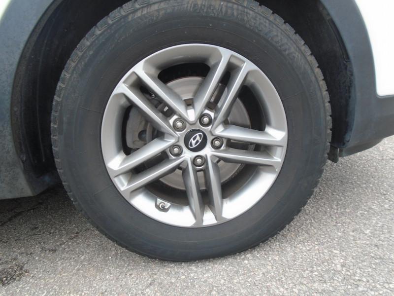 Photo 19 de l'offre de HYUNDAI SANTA FE 2.2 CRDI 200CH CREATIVE 4WD à 22995€ chez Remiremont automobiles