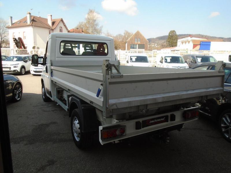 Photo 2 de l'offre de PEUGEOT BOXER BENNE 335 L2 2.0 BLUEHDI 130 S&S PRO SR à 23995€ chez Remiremont automobiles