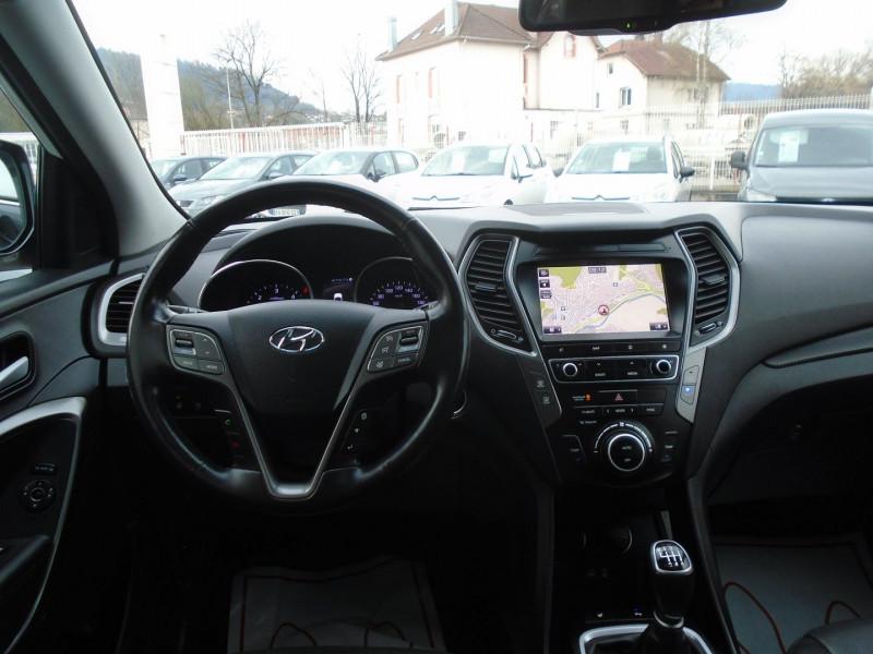 Photo 8 de l'offre de HYUNDAI SANTA FE 2.2 CRDI 200CH CREATIVE 4WD à 22995€ chez Remiremont automobiles