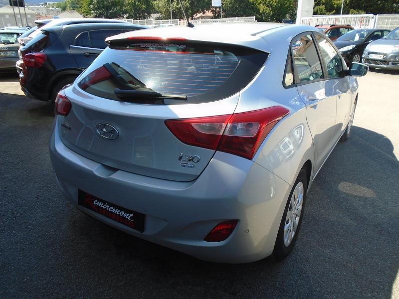 Photo 13 de l'offre de HYUNDAI I30 1.6 CRDI 110CH BLUE DRIVE INITIA 5P à 10495€ chez Remiremont automobiles