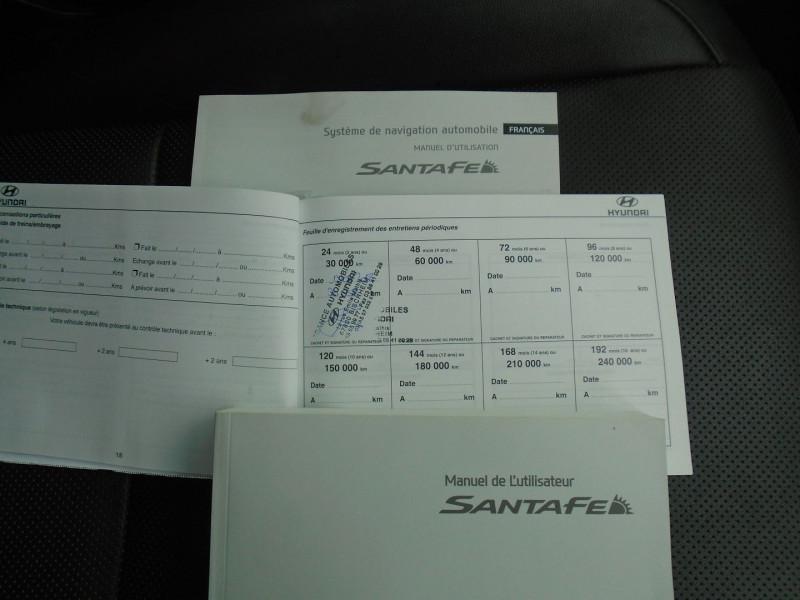 Photo 16 de l'offre de HYUNDAI SANTA FE 2.2 CRDI 200CH CREATIVE 4WD à 22995€ chez Remiremont automobiles