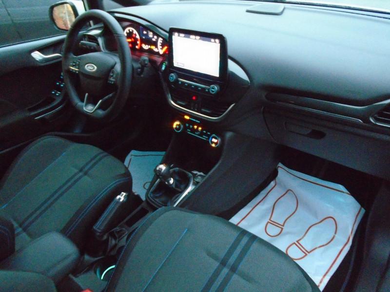 Photo 4 de l'offre de FORD FIESTA 1.5 ECOBOOST 200CH STOP&START ST-PACK 5P EURO6.2 à 21995€ chez Remiremont automobiles