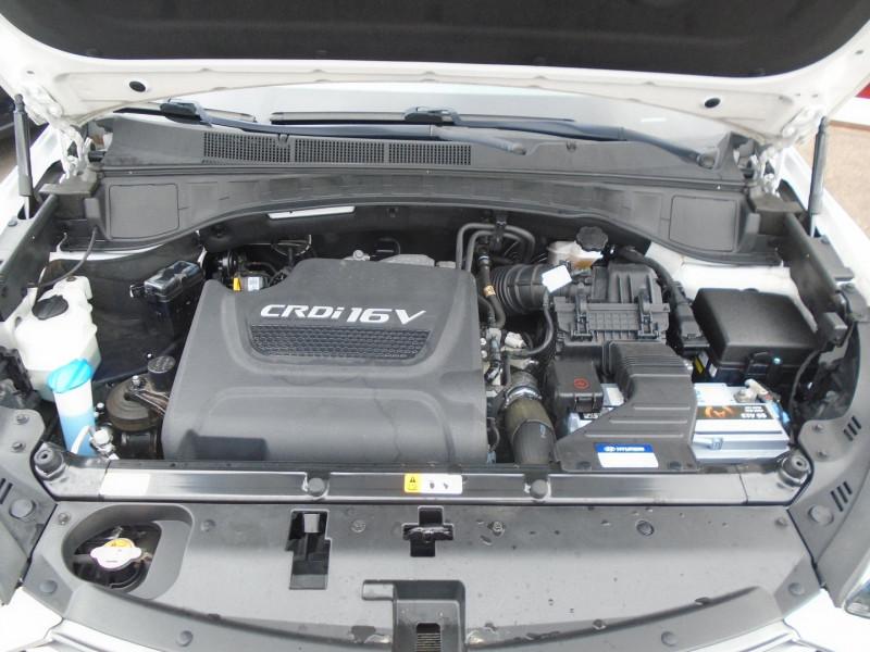 Photo 17 de l'offre de HYUNDAI SANTA FE 2.2 CRDI 200CH CREATIVE 4WD à 22995€ chez Remiremont automobiles