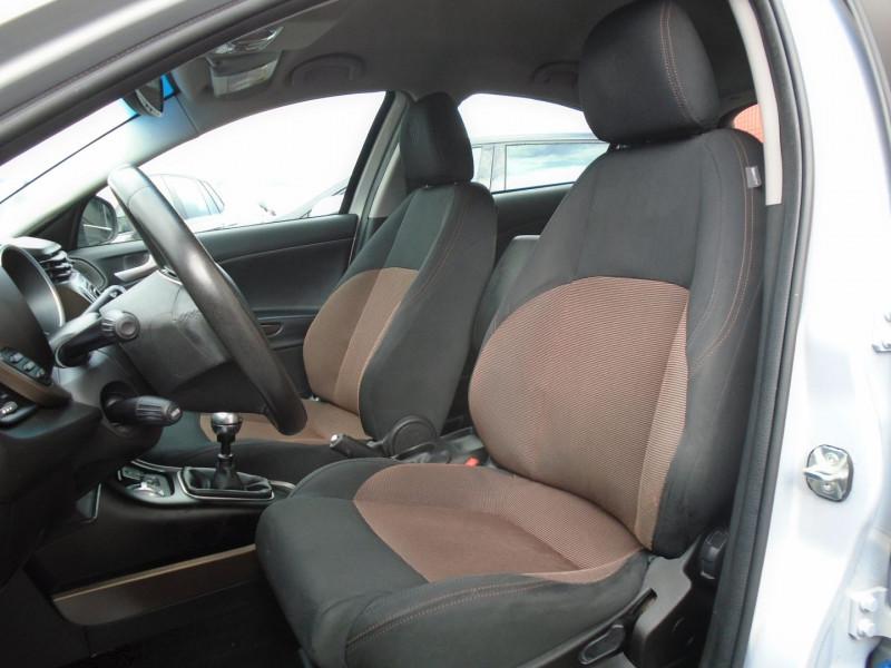Photo 3 de l'offre de ALFA ROMEO GIULIETTA 1.6 JTDM 105CH DISTINCTIVE STOP&START à 7695€ chez Remiremont automobiles