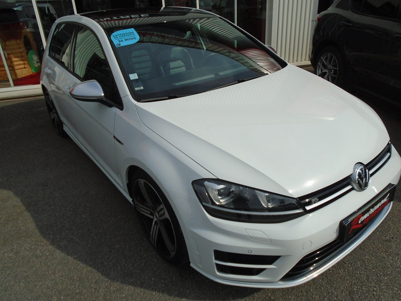 Photo 14 de l'offre de VOLKSWAGEN GOLF VII R 2.0 TSI 300CH 4MOTION 5P à 29995€ chez Remiremont automobiles