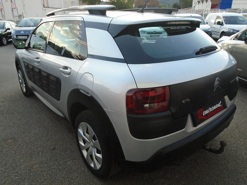 Photo 2 de l'offre de CITROEN C4 CACTUS BLUEHDI 100 FEEL à 10995€ chez Remiremont automobiles