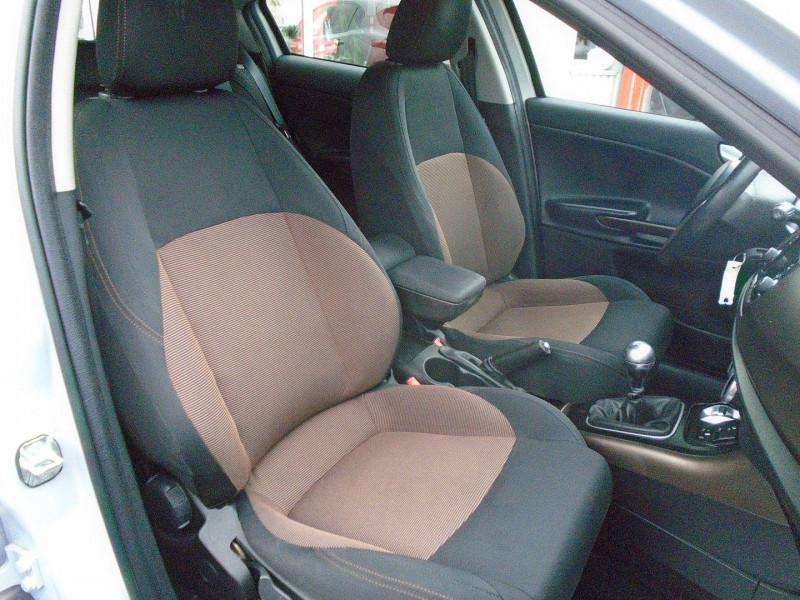 Photo 5 de l'offre de ALFA ROMEO GIULIETTA 1.6 JTDM 105CH DISTINCTIVE STOP&START à 7695€ chez Remiremont automobiles