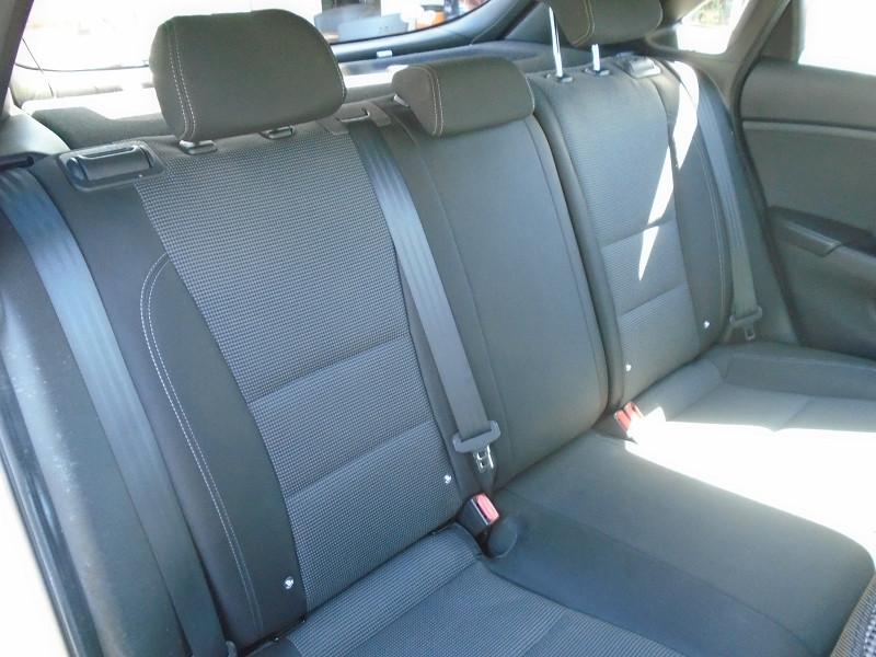 Photo 7 de l'offre de HYUNDAI I30 1.6 CRDI 110CH BLUE DRIVE INITIA 5P à 10495€ chez Remiremont automobiles