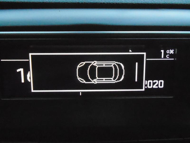Photo 10 de l'offre de PEUGEOT TRAVELLER 1.5 BLUEHDI 120CH S&S STANDARD BUSINESS 9 PLACES à 29995€ chez Remiremont automobiles
