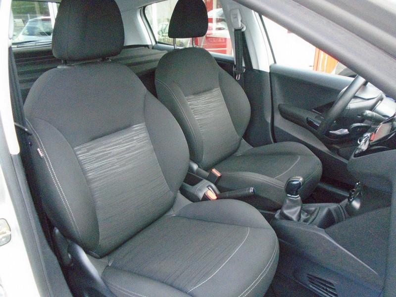 Photo 4 de l'offre de PEUGEOT 208 AFFAIRE 1.6 BLUEHDI 75CH PACK CLIM 5P à 6495€ chez Remiremont automobiles