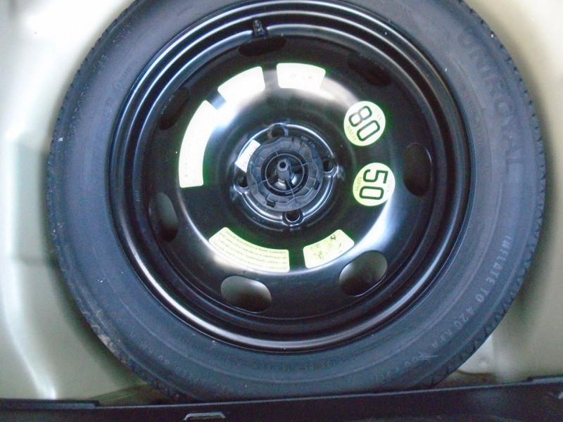 Photo 14 de l'offre de CITROEN C3 BLUEHDI 100CH SHINE BUSINESS S&S à 11295€ chez Remiremont automobiles