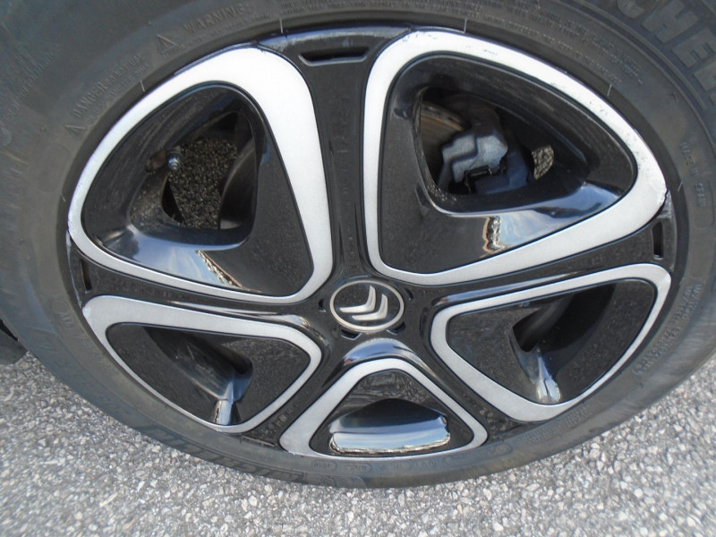 Photo 15 de l'offre de CITROEN C3 BLUEHDI 100CH SHINE BUSINESS S&S à 11295€ chez Remiremont automobiles
