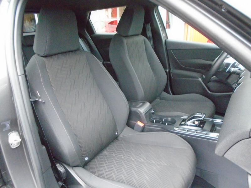 Photo 8 de l'offre de DS DS 3 CROSSBACK PURETECH 130CH CHIC AUTOMATIQUE à 24995€ chez Remiremont automobiles