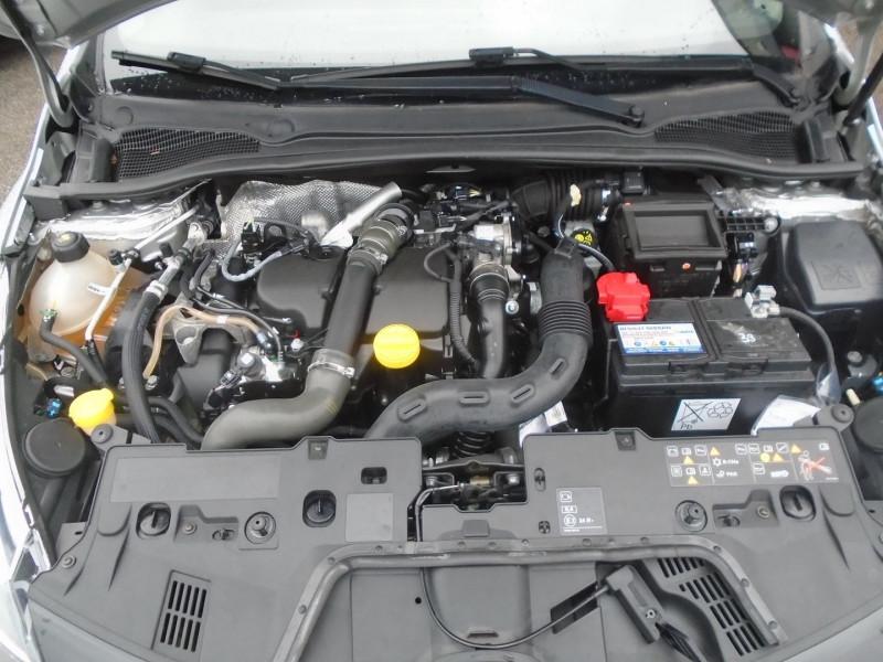 Photo 16 de l'offre de RENAULT CLIO IV 1.5 DCI 75CH ENERGY ZEN EURO6 2015 à 8495€ chez Remiremont automobiles