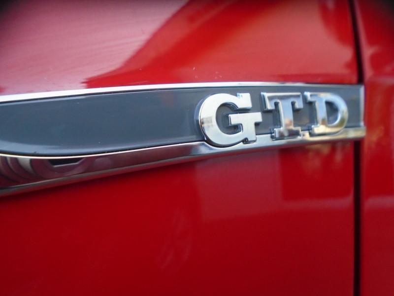 Photo 8 de l'offre de VOLKSWAGEN GOLF VII 2.0 TDI 184CH BLUEMOTION TECHNOLOGY FAP GTD 5P à 24995€ chez Remiremont automobiles
