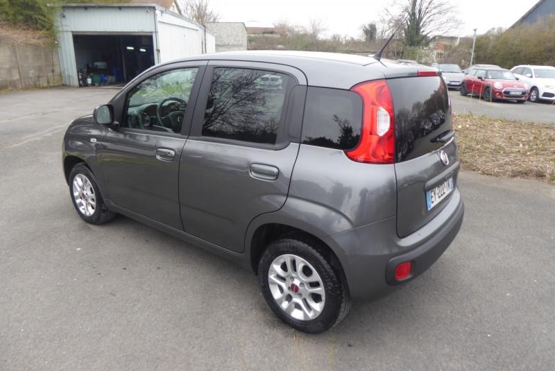 Photo 2 de l'offre de FIAT PANDA 1.2 8V 69CH LOUNGE à 8490€ chez PCA