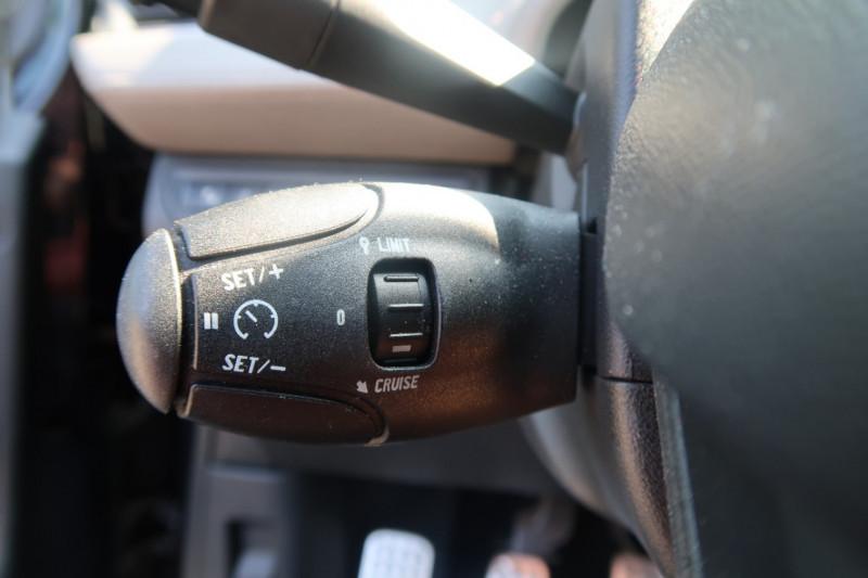 Photo 11 de l'offre de PEUGEOT 208 1.6 E-HDI FAP XY 4CV 3P à 9490€ chez PCA
