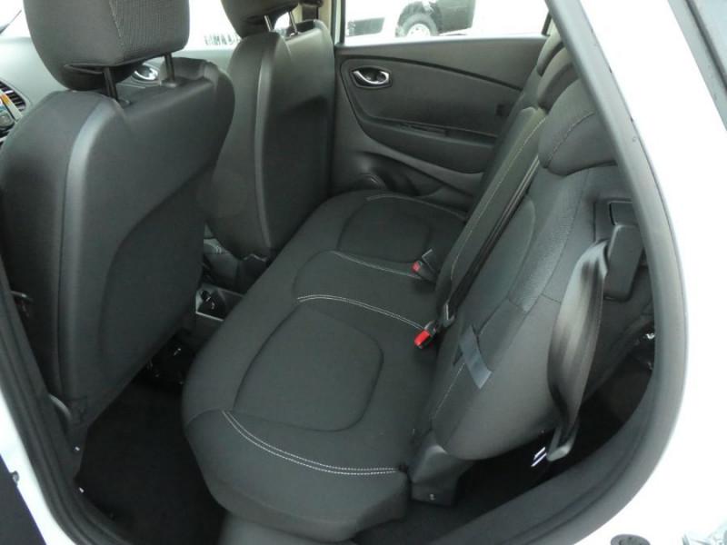 Photo 7 de l'offre de RENAULT CAPTUR TCe 90 PACK Bluetooth Jantes Alu 16 à 14450€ chez Mérignac auto
