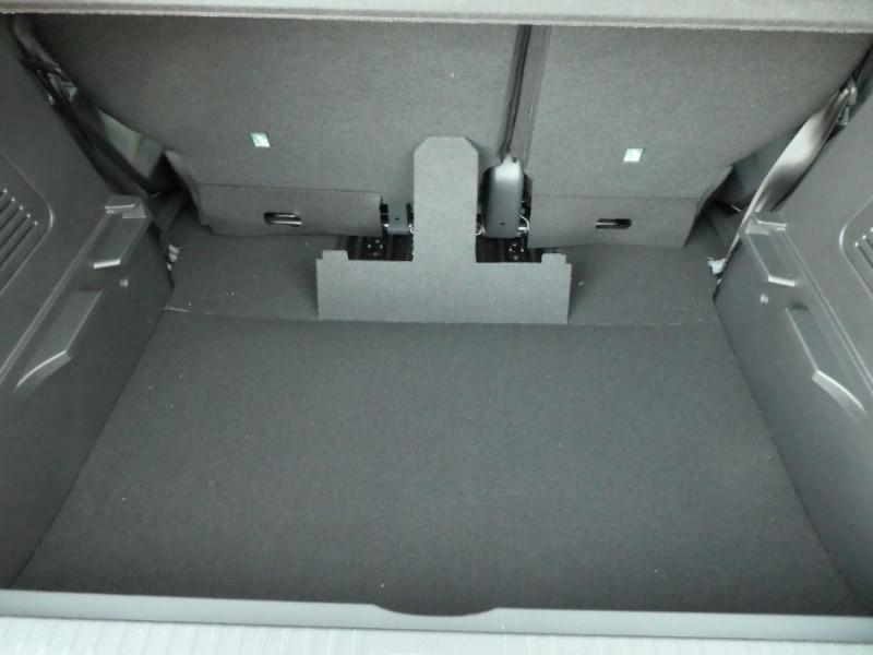 Photo 5 de l'offre de RENAULT CAPTUR TCe 90 PACK Bluetooth Jantes Alu 16 à 14450€ chez Mérignac auto