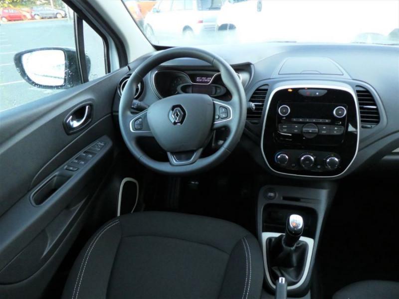 Photo 8 de l'offre de RENAULT CAPTUR TCe 90 PACK Bluetooth Jantes Alu 16 à 14450€ chez Mérignac auto