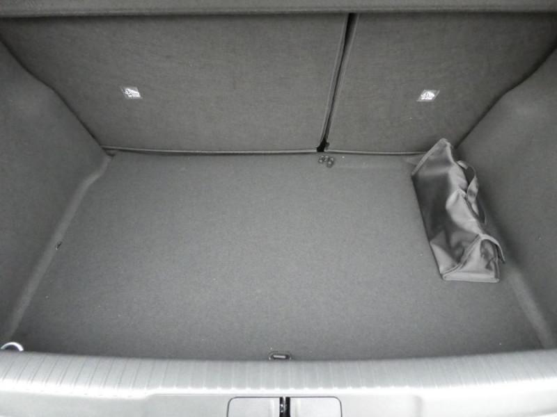 Photo 14 de l'offre de DS DS3 CROSSBACK PureTech 155 EAT8 PERFORMANCE LINE GPS LED Matrix à 27950€ chez Mérignac auto