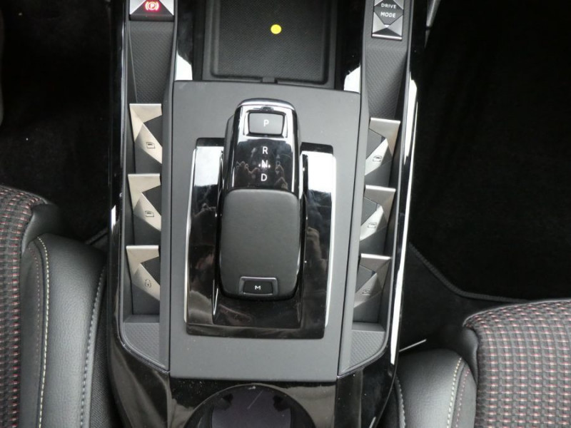 Photo 9 de l'offre de DS DS3 CROSSBACK PureTech 155 EAT8 PERFORMANCE LINE GPS LED Matrix à 27950€ chez Mérignac auto